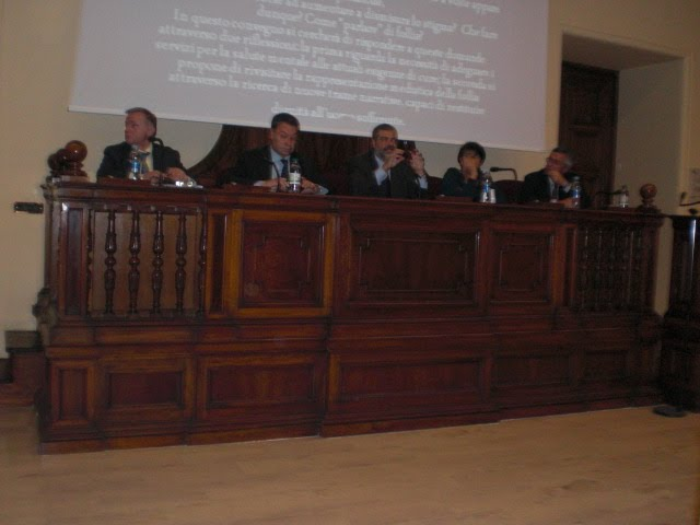 Al centro l'organizzatore dell'evento, Cantelmi, a sinistra Bonarrio e l'On.le Ciccioli, vice-Presidente Comm.ne Affari Sociali della Camera